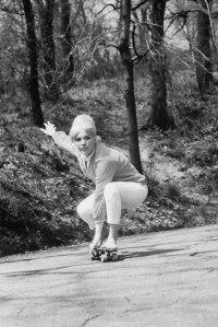 Skateboarding in New York City, 1960s (19)